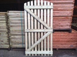 Pressure Treated Bow Top Picket Gate 6x3'