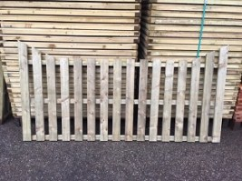 Pressure Treated Picket Panel Flat Top Pail
